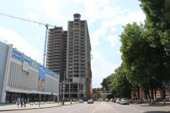 Гостиничный комплекс «MARRIOTT» в г.Краснодаре, Завершение возведения каркаса, 07.07.2010