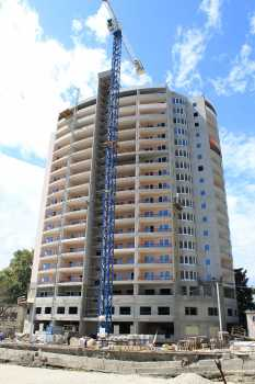 18-и этажный жилой дом по ул.Кирова, 30 в Адлерском районе г.Сочи